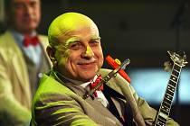 Ivan Mládek oslavil své 70. narozeniny koncertem v Lucerně