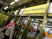 Stanice metra Náměstí republiky.