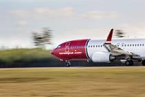 Boeing 737-800 v barvách Norwegian Air Shuttle.