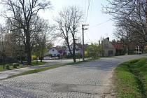 Náves obce Hradišťko. Ilustrační foto.