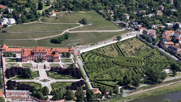 Troja na leteckém snímku. Ilustrační foto.
