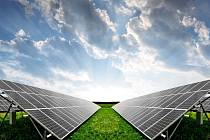 Energie ze slunce. Investice do fotovoltaiky dál rychle rostou.