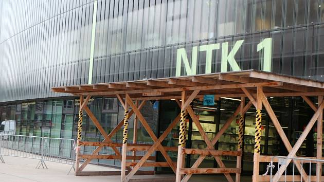 Národní technická knihovna (NTK) v Praze podává žalobu na firmu Sekyra Group kvůli pádu fasády z roku 2017.