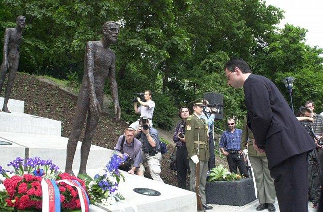 Památník obětem komunismu  na Újezdu.