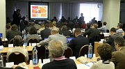 Zasedání zastupitelstva Prahy 10 ohledně způsobu zachování stadionu Ďolíček pro prvoligový fotbal, se konalo v pondělí 12. prosince.