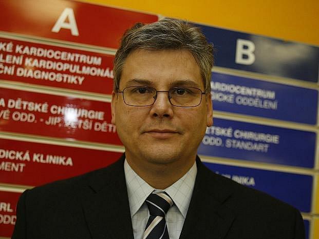 Miloslav Ludvík, ředitel nemocnice Motol.