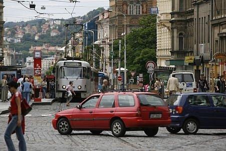 Město si od zavedení mýtného slibuje především omezení provozu v centru Prahy.