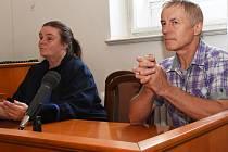 Jaroslav (Slávek) Popelka u soudu.