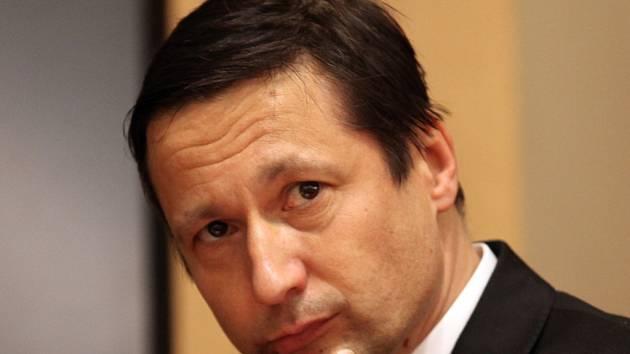Petr Štěpánek při ustavujícím zasedání pražského zastupitelstva.