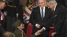 Prezident Miloš Zeman uděloval 28. října 2019 na Pražském hradě státní vyznamenání. Plukovnice ve výslužbě Jarmila Halbrštátová převzala Medaili Za hrdinství za hrdinství v boji.