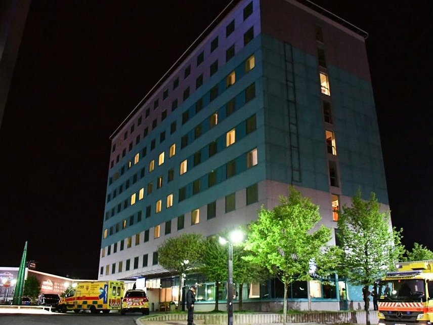 Hostům v pražském hotelu se udělalo nevolno, záchranáři vyhlásili traumaplán.