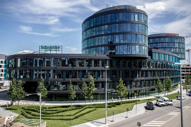 Budova Aviatica v Praze. Sídlo Vltava Labe Media.