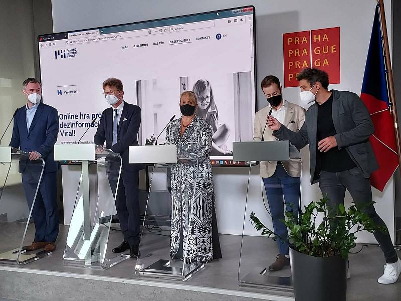 Vedení prahy a Pražského inovačního institutu představuje on-line Hru Go Viral proti dezinformacím.