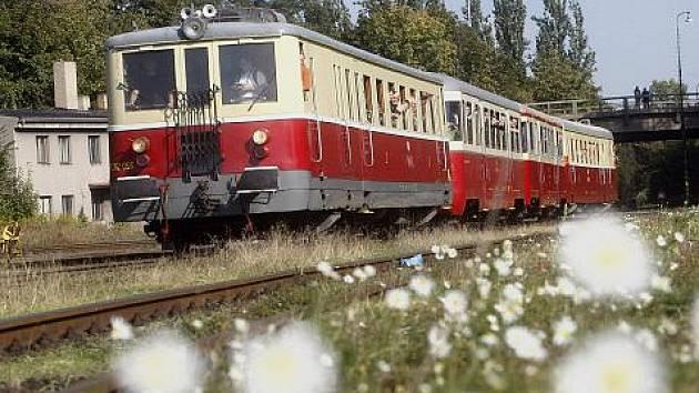 Již tradičně v rámci Evropského týdne mobility se 21. září uskutečnil Den Pražské integrované dopravy. Zájemci se mohli svézt historickým motoráčkem s čerstvě zrenovovaným bufetovým vozem z Masarykova nádraží na Nákladové nádraží Žižkov.