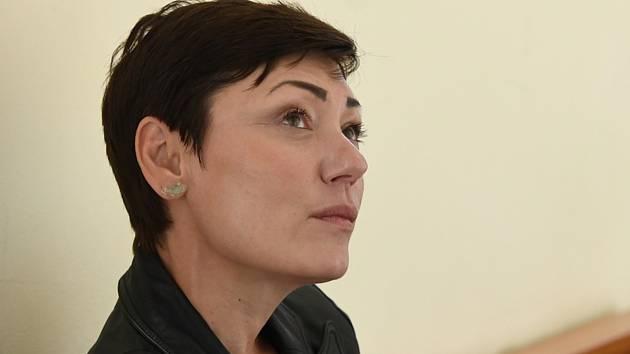 Městský soud v Praze vynesl 9. července 2020 rozsudek v případu tři bývalých úředníků obžalovaných kvůli restituci Bečvářova statku v Praze. Na snímku je obžalovaná Eva Benešová.