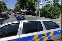V Praze srazilo auto dvě malé holčičky.