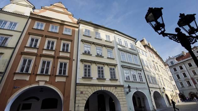 Radniční domy na Malém náměstí v Praze.