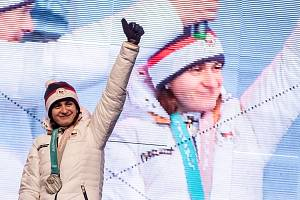 Fanoušci na pražském Staroměstském náměstí přivítali 26. února olympijské medailistky Martinu Sáblíkovou a Ester Ledeckou.