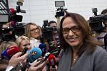 Kandidátka na pražskou primátorku Adriana Krnáčová po příchodu do volebního sídla ANO, 11. října v Praze.
