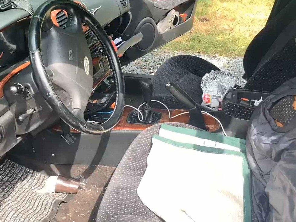 Pražská policie zadržela muže, který řídil v policejní uniformě se zákazem pod vlivem drog.