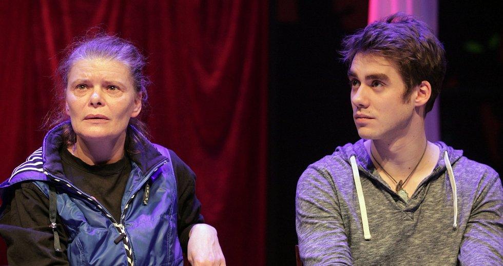 TK k premiéře multimediální adaptace povídky Thomase Manna Mário a kouzelník v divadle La Fabrika