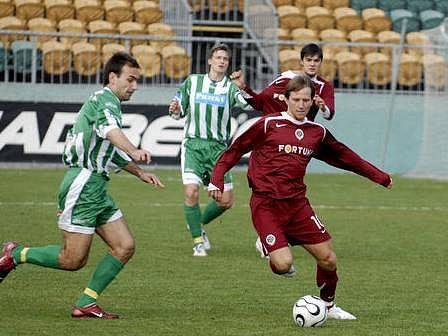 Tomáš Jun zkoušel oživit svou vadnoucí kariéru už ve Spartě. Neuspěl. Teď mu dali novou šanci Teplice.