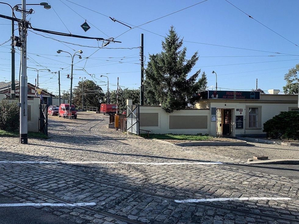 Hostinec Na staré vozovně u pražské střešovické vozovny.