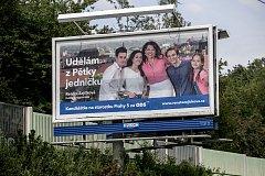Volební billboard pro komunální volby 18. července v Praze. Renáta Zajíčková, ODS