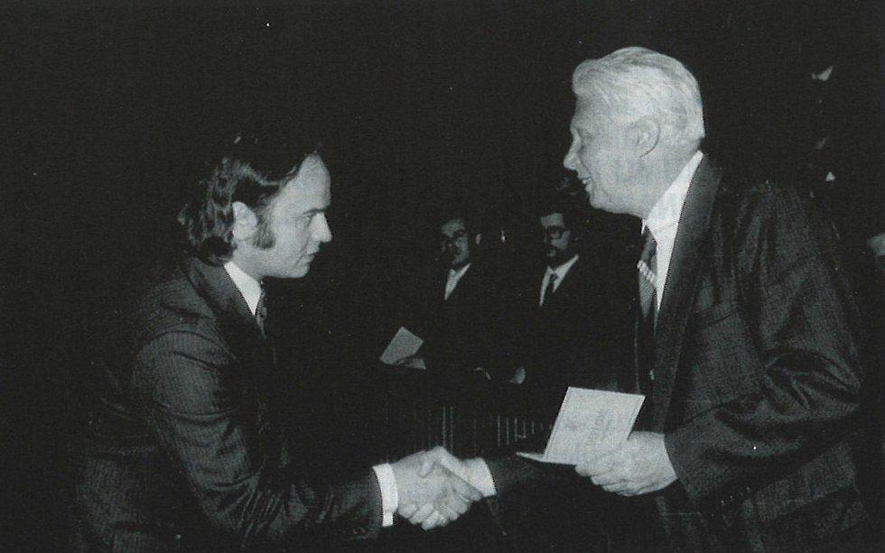 Jan Malý a první ředitel IKEM Prokop Málek v roce 1973.