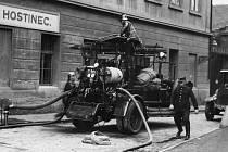 23. března 1853 byl v Praze založen první profesionální sbor na území České republiky.