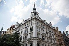 Byt o rozloze 108 m2 v Pařížské ulici č. 66 se prodal za 37 780 000,- Kč.