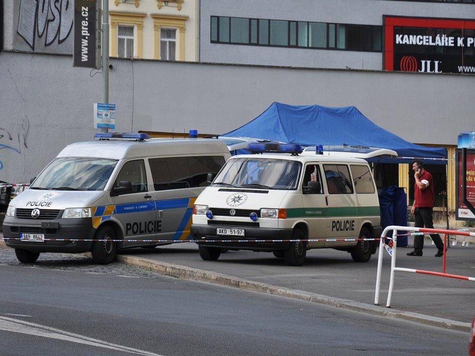 Vraždu nožem vyšetřovali pražští kriminalisté. Smrtící šarvátka se odehrála ve čtvrtek 16. července 2015 odpoledne na Florenci; u autobusové zastávky poblíž ulice Za Poříčskou bránou.
