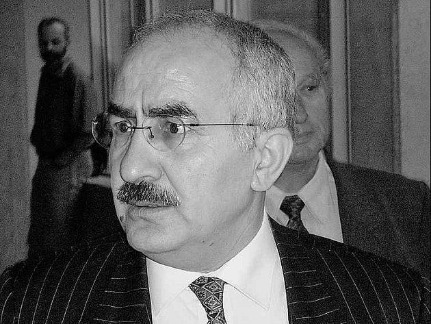 Naštvaný a zklamaný.Takové pocity měl zřejmě z rozsudku kurdský lékař Yekta Uzunuglu