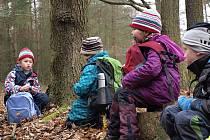 O víkendu vyrazilo několik pražských oddílů na letošní první výpravu do Brd. Na cestě děti plnily úkoly na tradiční mezioddílové soutěži, tentokrát na téma Willy Fog v Himalájích.