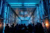 Generální zkouška Signal festivalu probíhala v centru Prahy 11. října. Na snímku Beyond na Staroměstském náměstíl.
