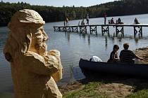 23. května 2009 byl na koupališti v obci Vyžlovka u Kostelce nad Černými lesy, slavnostně zahájen provoz veřejného hřiště na plážový volejbal a malou plážovou kopanou v rámci 1. ročníku multižánrového festivalu Vyžlovský vodník.