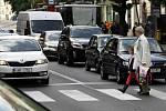 Nebezpečný přechod pro chodce v ulici Ječná - Šťepánská.