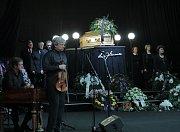 Rozloučení s hercem Luďkem Munzarem v Národním divadle.