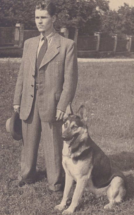 Vladimír Bohata se psem Ašantem.