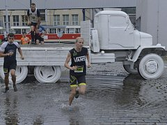 Extrémní závod Urban Challenge.