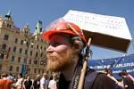Pochod anarchistů z náměstí Republiky na Střelecký ostrov, 1. května 2012
