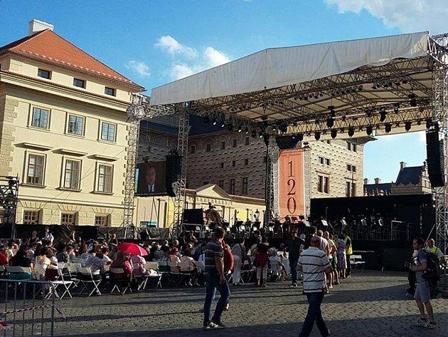 Závěrečný koncert 120. sezony České filharmonie.