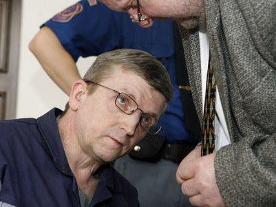 ROZSUDEK JE UŽ DEFINITIVNÍ. Petr Tafil se u vrchního soudu zmírnění mnohaletého trestu nedočkal. U soudu nebyl žádným nováčkem, byl v minulosti trestán za jiné delikty.