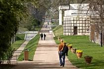 Královské zahrady Na valech a Jižní zahrady na Pražském hradě.