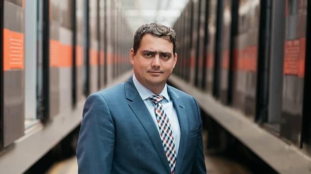 Petr Dolínek.