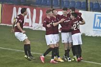 Utkání 20. kola první fotbalové ligy: Fastav Zlín - Sparta Praha, 20. února 2021 ve Zlíně. Hráči Sparty se radují z gólu.