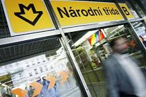 UZAVŘENA. NA ROK A ČTVRT. Metro bude stanicí projíždět, linky tramvají se ale měnit nebudou.