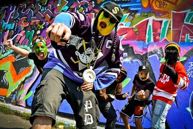 Klub Modrá Vopice v pátek přivítá několik extrémních metalových a grindových kapel. Na snímku žižkovští gangstas Pothead.