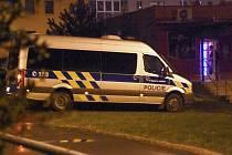 Rozsáhlou bezpečnostní akci Defender uspořádali v závěru minulého týdne policisté IV. pražského obvodu. Její součástí byla i kontrola živnostenských provozoven.