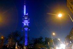 V rámci světového dne diabetu, který se koná 14. listopadu, byl nasvětlen Žižkovský vysílač.